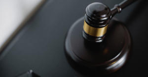 Divorce court  Verse Settlement outside court